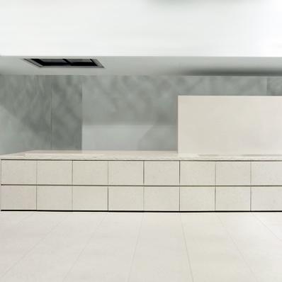 Minotti Atelier køkken i bianco perlino marmor